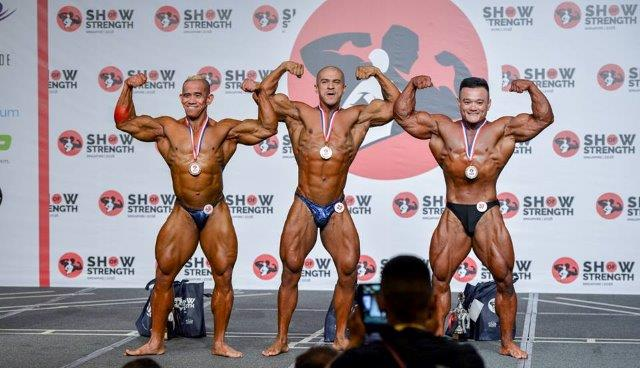Winners of Men's Bodybuilding (Up to 80kg) at the Show of Strength 2018-1