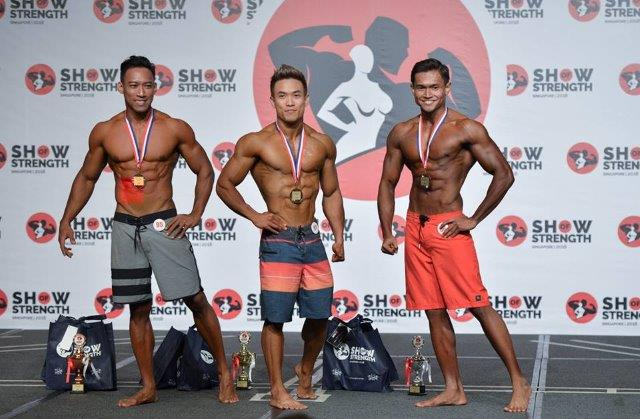 Winners of Men's Physique Newcomers (first time competing) at the Show of Strength 2018-1